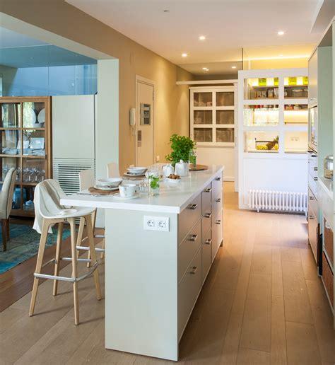cocina con isla islas de cocina pr 225 cticas y bonitas