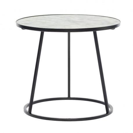 table basse metal blanc table basse ronde marbre blanc metal noir hubsch 670208