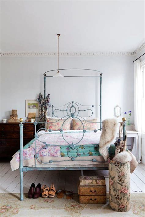 bedroom ideas with metal beds always loved a wrought iron bed i love the color it s