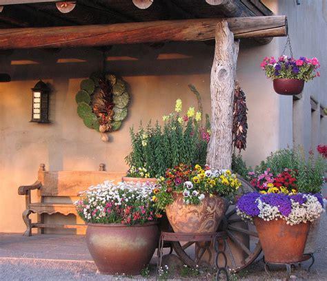 Southwest Garden Decor Photo