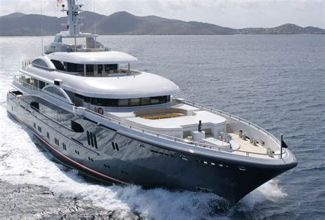 yacht kismet jaguars owner shahid khan s kismet yacht up for grabs at
