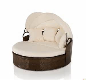 Outdoor wicker patio furniture round daybed w retractable sun cover
