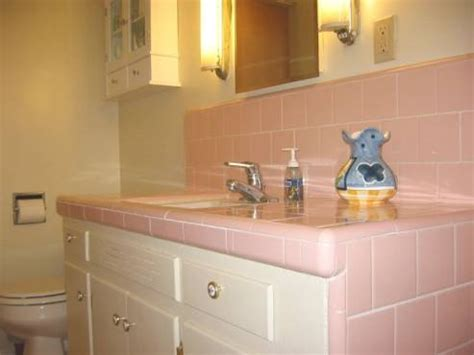 1950s bathroom sink 1950s pink tiled bathroom sink vintage tile bathrooms