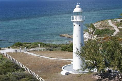 the modern light house service classic reprint books the lighthouse on grand picture of mountain air