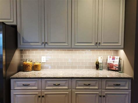 tile glass backsplash pros and cons glass subway tile 3x6 glass beveled tile westside tile stone pros and cons of a