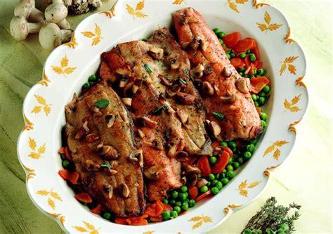 cucinare filetti di trota ricetta filetti di trota con chignon e verdure la
