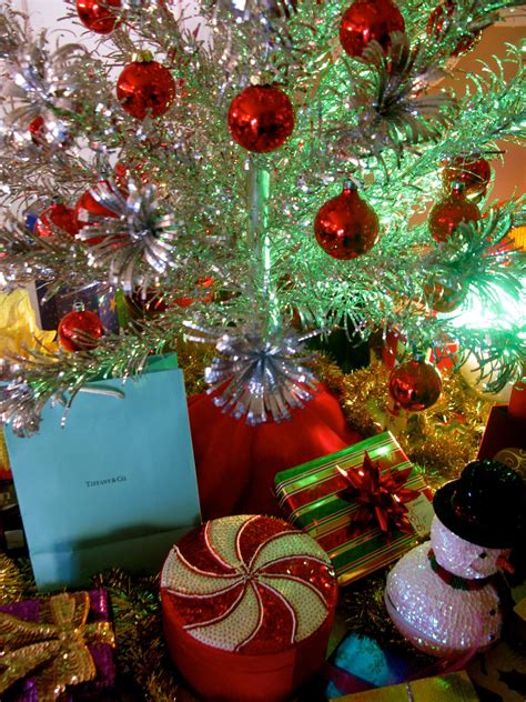 aluminum christmas trees tv tropes tv tropes aluminum