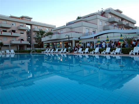 residence club le terrazze grottammare apartm 225 n bilo 4 residence club le terrazze azzurro