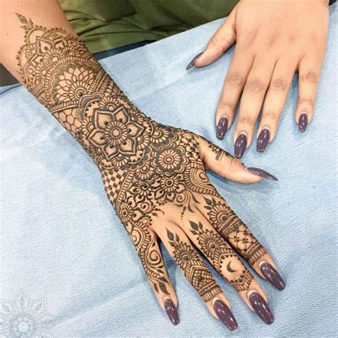 henna tattoo artist cincinnati 17 best ideas about henna moon on sun henna