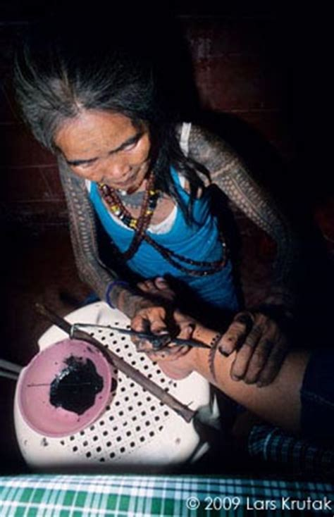 kalinga tattoo infection exhibitions lars krutak