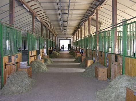 pferde stall urlaub mit dem pferd reiter ferien mit unterkunft f 252 r