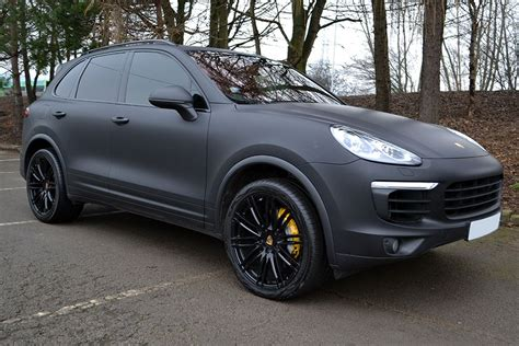 porsche cayenne matte grey porsche cayenne in avery supreme matte black wrap wrapped