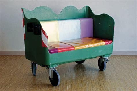 rifoderare divano fai da te costruire divano muratura divani esterni in muratura