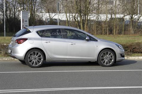 Opel Astra 2013 by Auto Opini 227 O Opel Astra 2013 Facelift