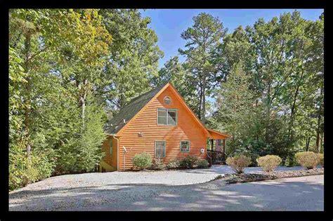 Lake Keowee Homes For Sale by Lake Keowee Homes For Sale Near Seneca Sc