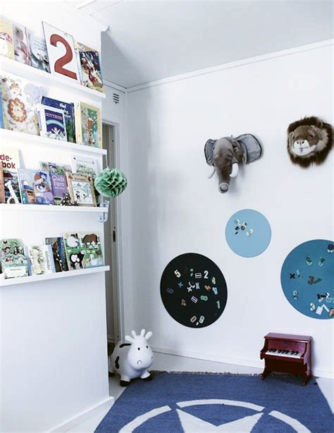 child s room 8 clever ways to display your child s books handmade