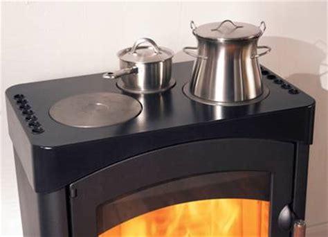 stufa a legna con forno e piano cottura stufa a legna pallas back c piani cottura