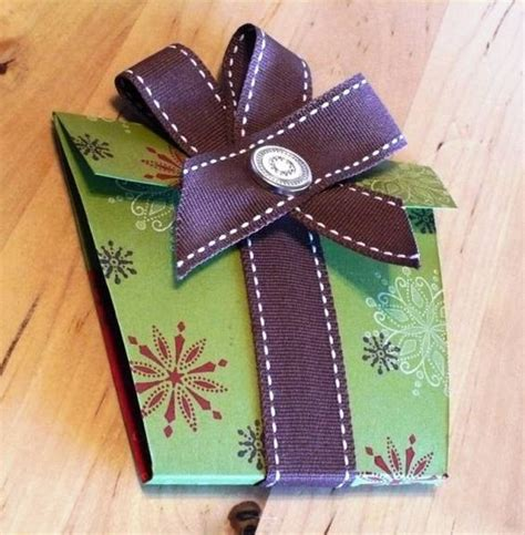 Gift Card Craft Holders - swirled gift card holder by purplevale cards and paper crafts at splitcoaststers