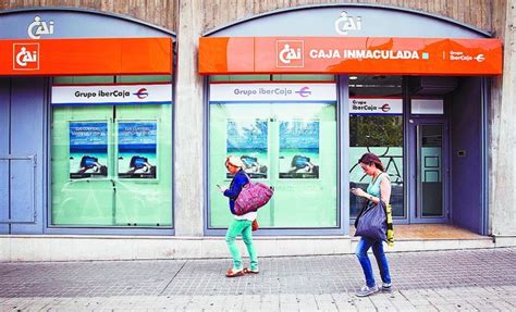 grupo ibercaja oficinas cajac 237 rculo cierra 16 oficinas y une su marca a la de