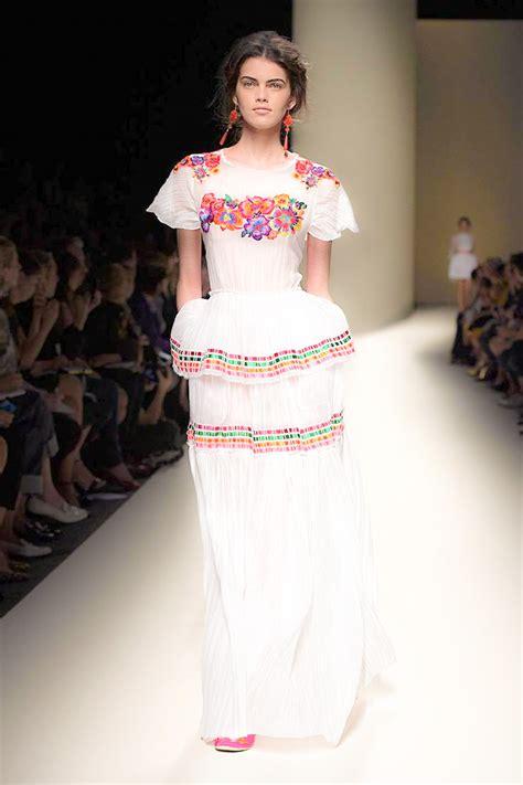 imagenes de vestidos de novia tradicionales vestidos de novias en mexico 161 un espect 225 culo de color