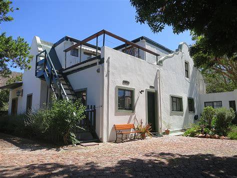 Cottage On Montagu by Self Catering Accommodation In Montagu House For