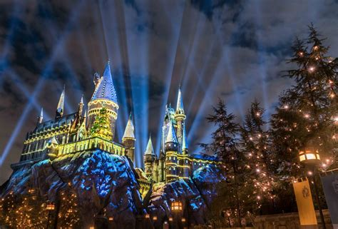 universal hollywood news universal studios hollywood unveils new holiday attraction