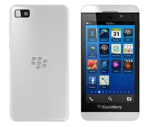Battery Blackberry Z10 Ori blackberry z10 price in malaysia specs technave