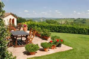 backyard decorating ideas backyard ideas tuscan decorating style
