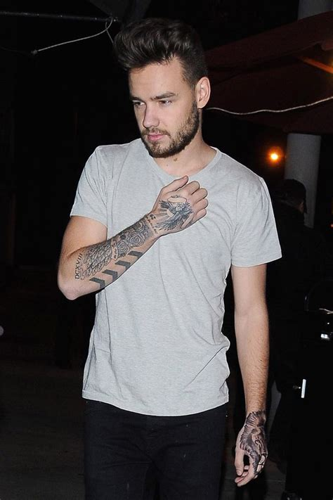 liam payne neues tattoo liam payne brushes off the christmas bulge as he shares