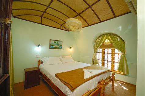 kerala boat house price for honeymoon package two bedroom houseboat best houseboat package for family