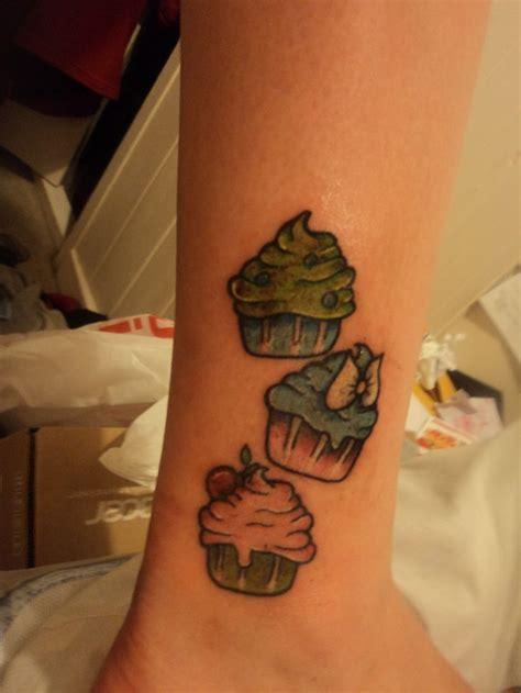 small cupcake tattoos mini cupcake tattoos tattoos