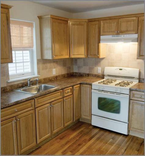 light oak kitchen units 25 best ideas about light oak cabinets on