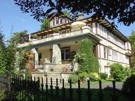 bed and breakfast victoria bc abbeymoore manor bed and breakfast inn updated 2017