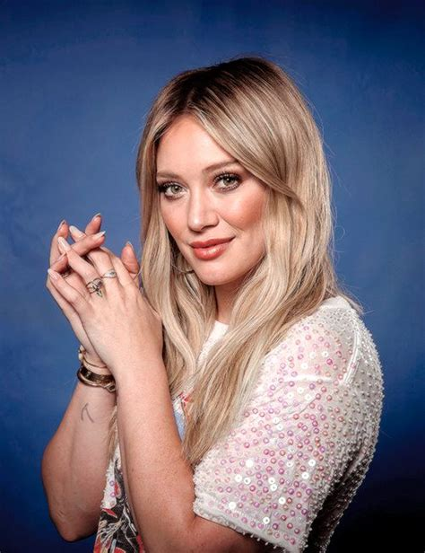 Hilary Duffs Single And Loving It by 462 Best Hilary Duff Images On