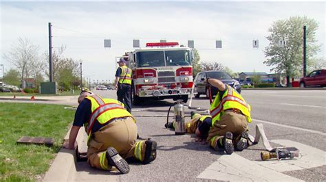 rescue indiana firefighters rescue ducklings from drain in indiana