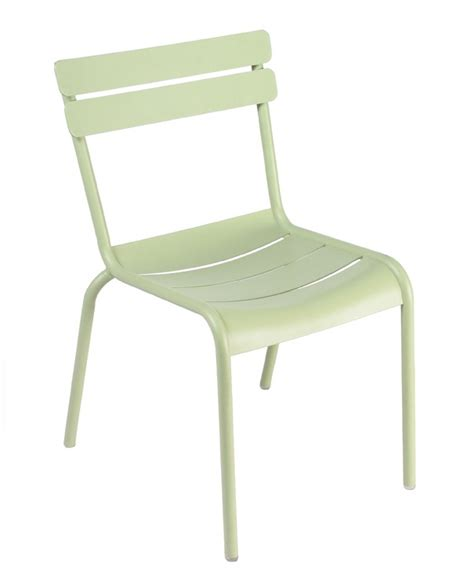 chaise luxembourg chaise luxembourg de fermob tilleul