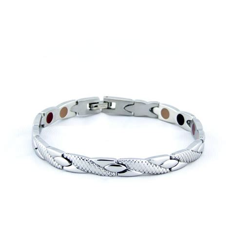 Stainless Steel Twist Negative Ion Bracelet By Pürlife