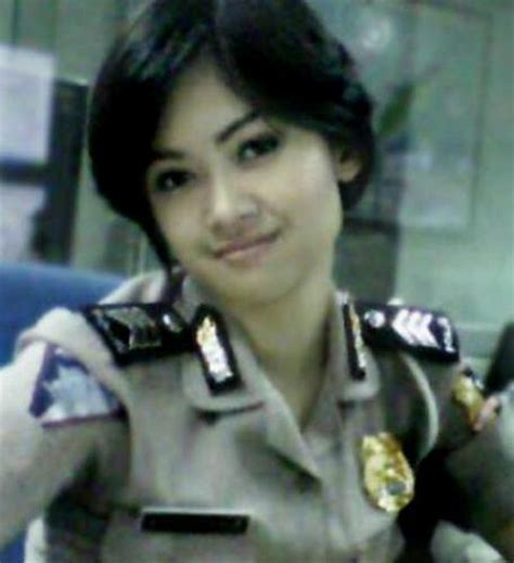 hot foto polwan cantik indonesia foto video forum abg
