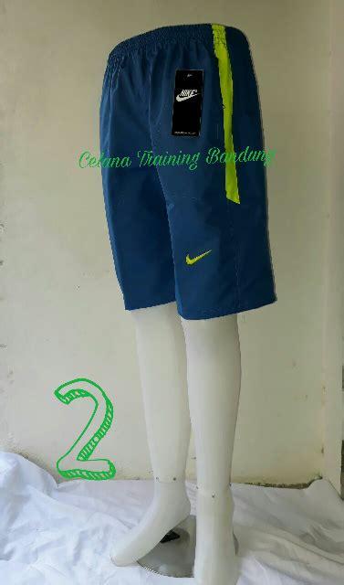 Celana Badminton A jual celana pendek parasut celana futsal celana badminton