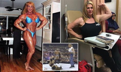 bodybuilder  wwe wrestler nicole bass dies age