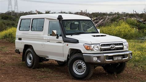 Toyota Land Cruiser 70 Toyota Landcruiser 70 Series Troopcarrier 2016 Review