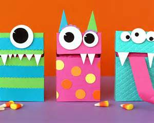 Halloween treat bags covers and boxes to make with kids kidsomania
