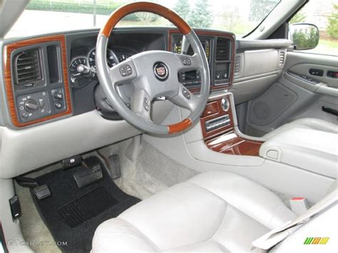 2004 cadillac escalade standard escalade model interior color photos gtcarlot com