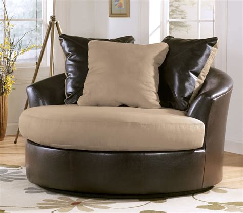 Living Room Accent Furniture Swivel Accent Chairs For Living Room