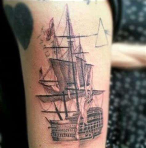 small pink floyd tattoo harry styles ship pink floyd and quot home made quot tattoos on