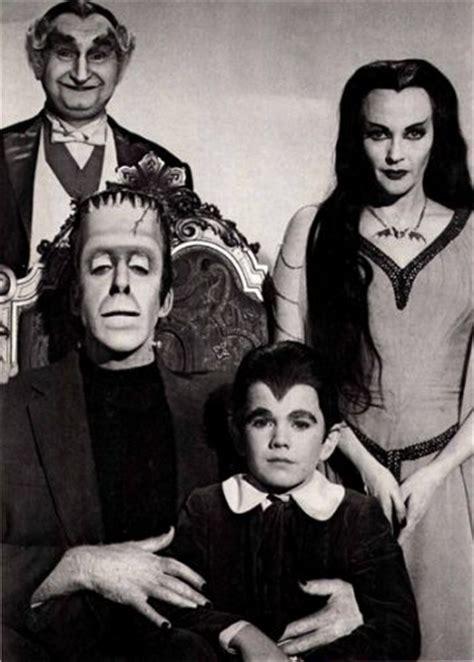 imagenes de la familia herman monster cuadro fotografia de la familia adams monsters 50