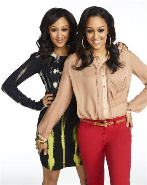 tia and tamera mowry leave reality tv to focus on their tia and tamara and their husbands 2014 tia tamera to