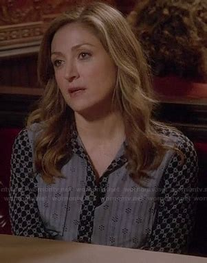 Maura Stripe Blouse Blouse And Black rizzoli and isles built for speed fashion season 4