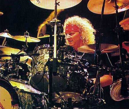 matt sorum drum kit drummerworld matt sorum