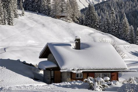 snow home 13 homes that look straight out of the north pole huffpost